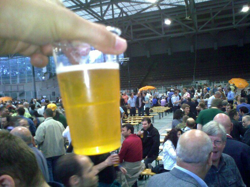 Schnappschuss von der Unser-Bier-GV 2011